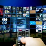 streaming/broadcasting چیست؟